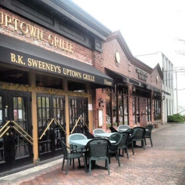 b k sweeney uptown grille 22 tips from 856 visitors
