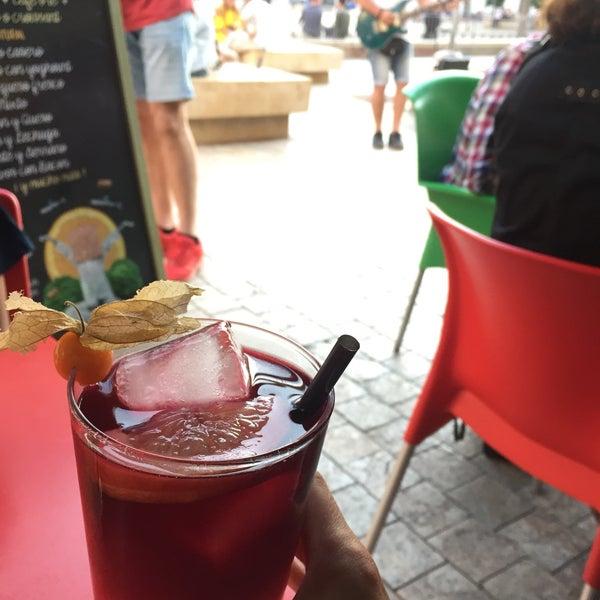 5/26/2018 tarihinde Youjung O.ziyaretçi tarafından Café con Libros'de çekilen fotoğraf