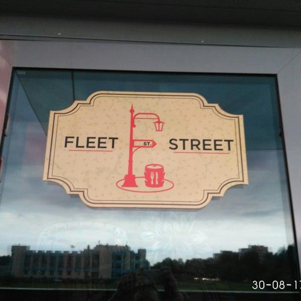 Снимок сделан в Fleet Street пользователем Dmitrii K. 8/30/2017