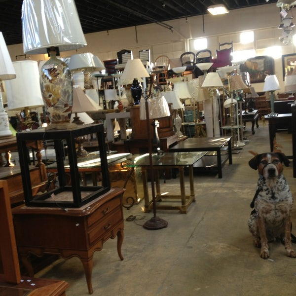 Consignment Classics Home Furnishings