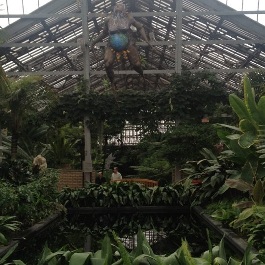 Photo taken at Garfield Park Conservatory by Kristin J. on 10/14/2012