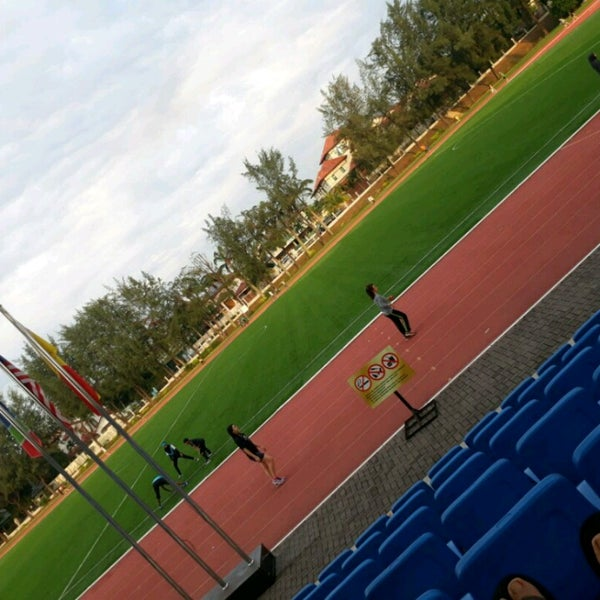 Photo taken at Kompleks Sukan MPSJ by Candy H. on 3/25/2017