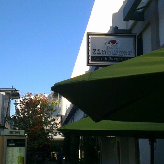 Photo taken at Zinburger by Othman H. on 11/23/2012