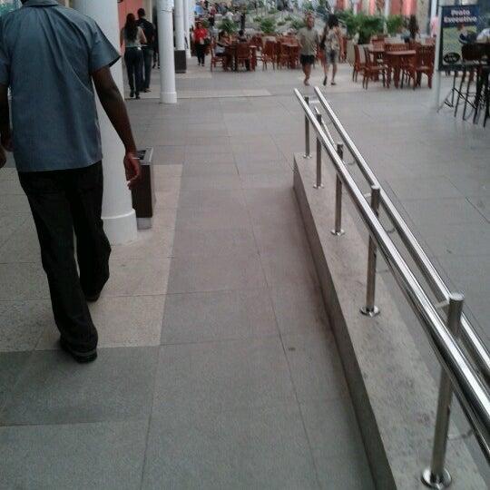 Foto tirada no(a) Partage Shopping São Gonçalo por Rodrigo Da Silva Ferreira em 11/30/2012