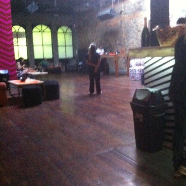 Foto tirada no(a) Jazz in' Champanheria por Alana C. em 1/30/2014