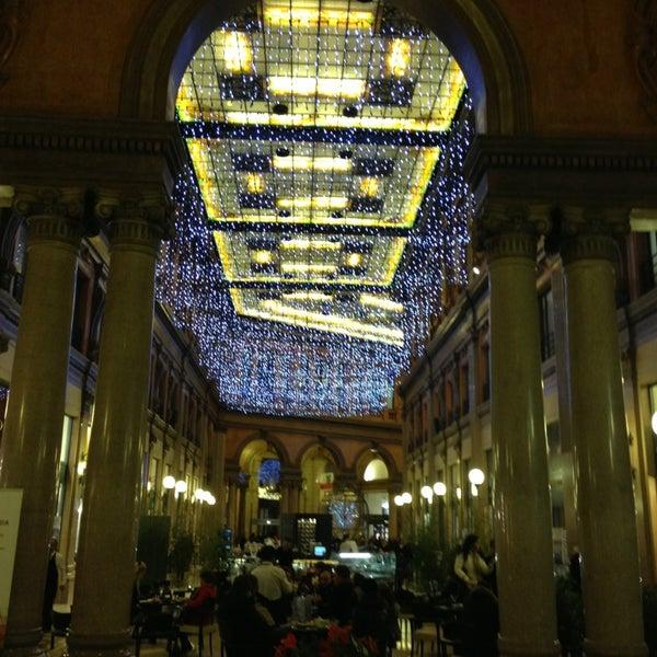 Foto scattata a Galleria Alberto Sordi da Mauro R. il 12/19/2012