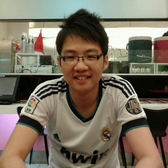 Photo taken at Taiwan Street by Yong Hao J. on 11/26/2012