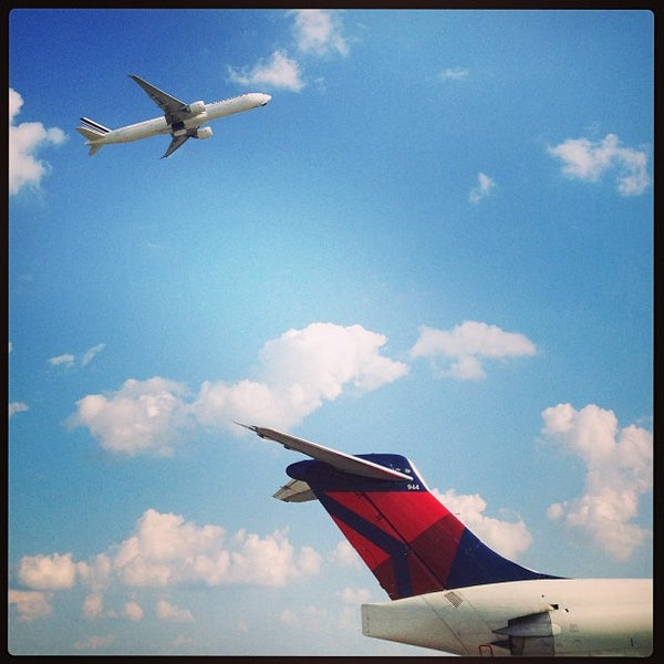 Photo taken at Hartsfield-Jackson Atlanta International Airport (ATL) by Ryan H. on 6/11/2013