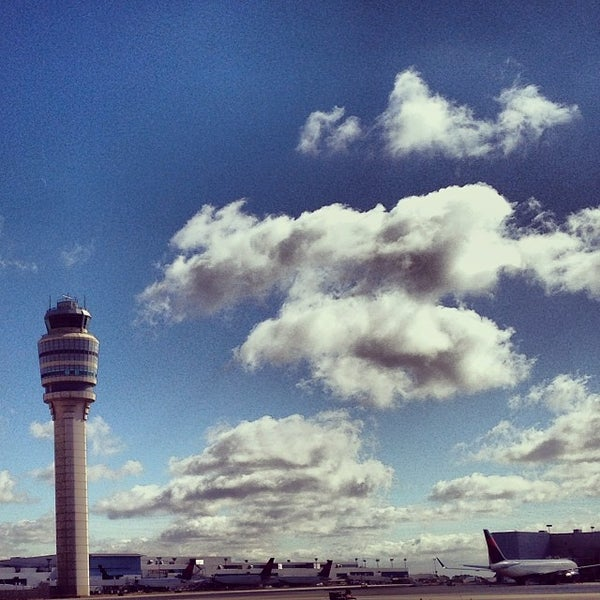 Photo taken at Hartsfield-Jackson Atlanta International Airport (ATL) by Ryan H. on 11/7/2013