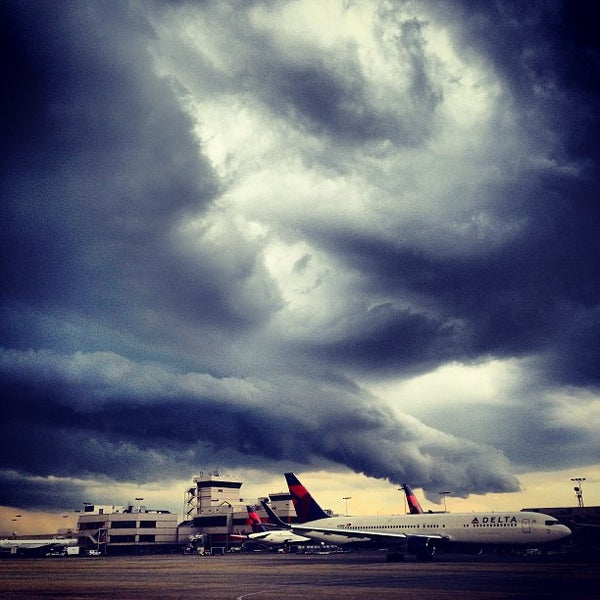 Photo taken at Hartsfield-Jackson Atlanta International Airport (ATL) by Ryan H. on 7/17/2013