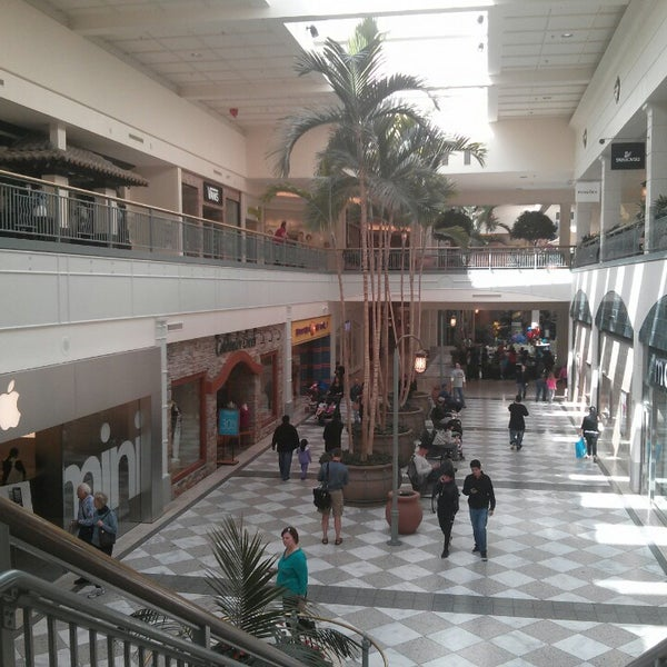Photo taken at Hillsdale Shopping Center by Lucas on 3/3/2013