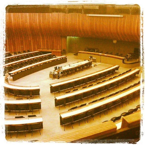 Photo taken at Palais des Nations by Jano W. on 5/10/2013