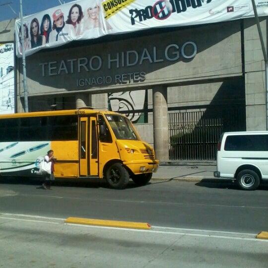 Foto tomada en Teatro Hidalgo por Heros O. el 10/26/2012