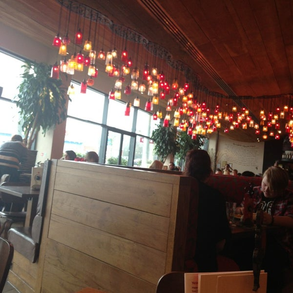 Photo taken at Nando's by Ailsa G. on 3/7/2013