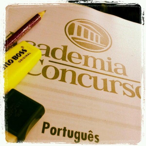 Foto tirada no(a) Academia do Concurso por Camila P. em 10/17/2012