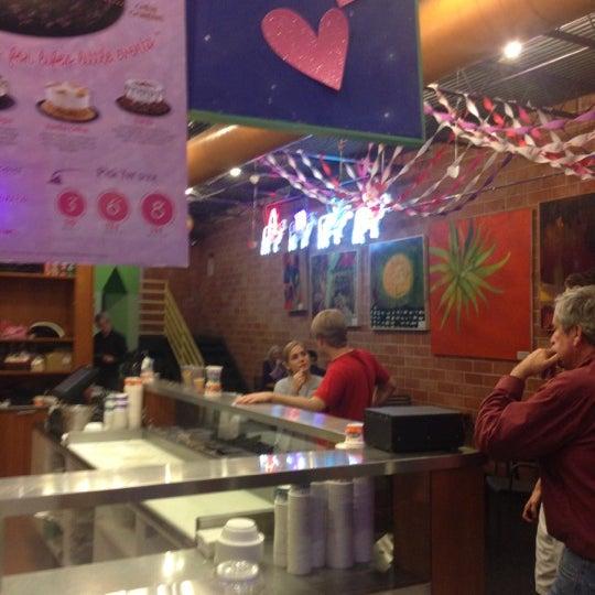 1/29/2013 tarihinde S P.ziyaretçi tarafından Amy's Ice Creams'de çekilen fotoğraf