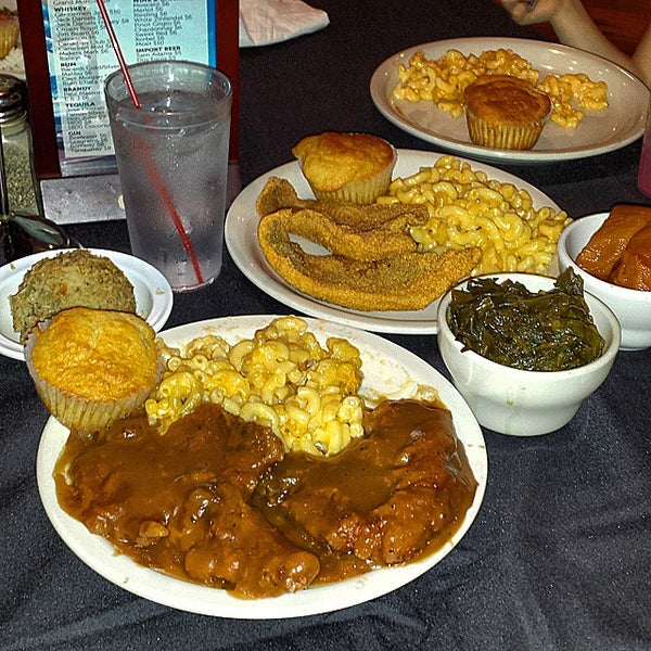 Soul food southern restaurant in galewood