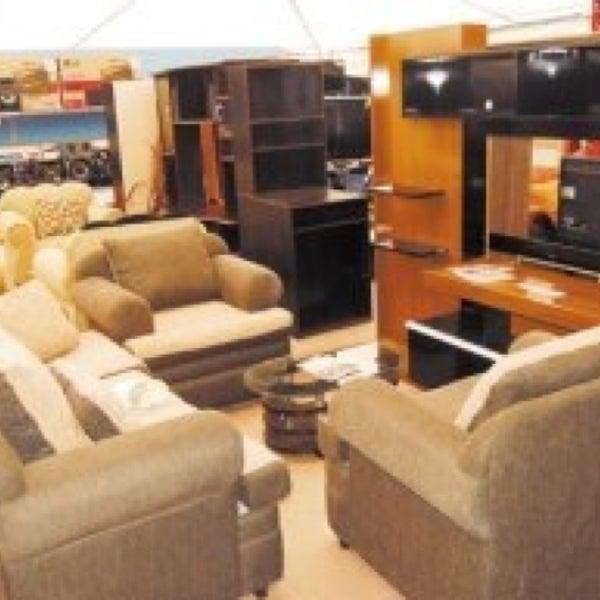 La curacao tienda de muebles art culos para el hogar for Almacenes de muebles en bogota 12 de octubre