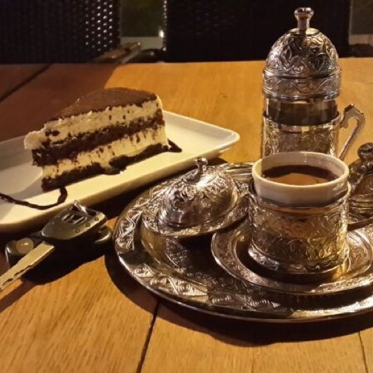8/10/2013 tarihinde Furkan D.ziyaretçi tarafından Kuruçeşme Kahvesi'de çekilen fotoğraf
