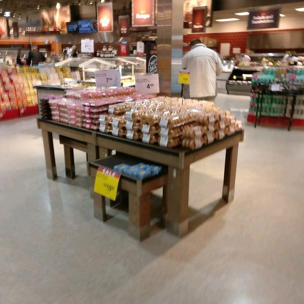 Calgary Coop Crowfoot Grocery Store in Calgary
