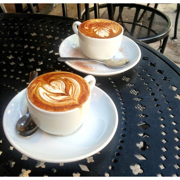 Photo taken at Espresso Vivace by Michelle D. on 8/5/2013