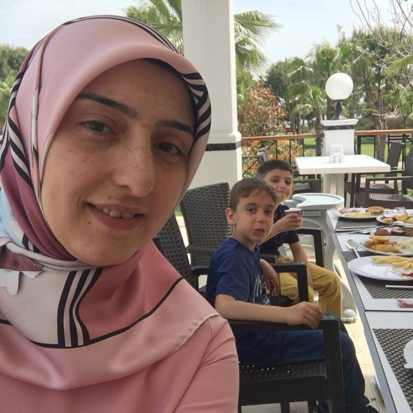 5/1/2017 tarihinde Gülşen D.ziyaretçi tarafından Sah İnn Restaurant'de çekilen fotoğraf