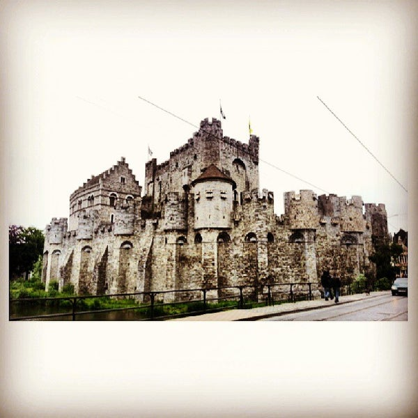 Photo taken at Castle of the Counts by toEyZ Z. on 6/21/2013