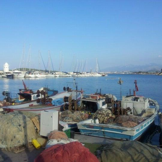 10/26/2012 tarihinde Mehmet G.ziyaretçi tarafından Yengeç Restaurant'de çekilen fotoğraf