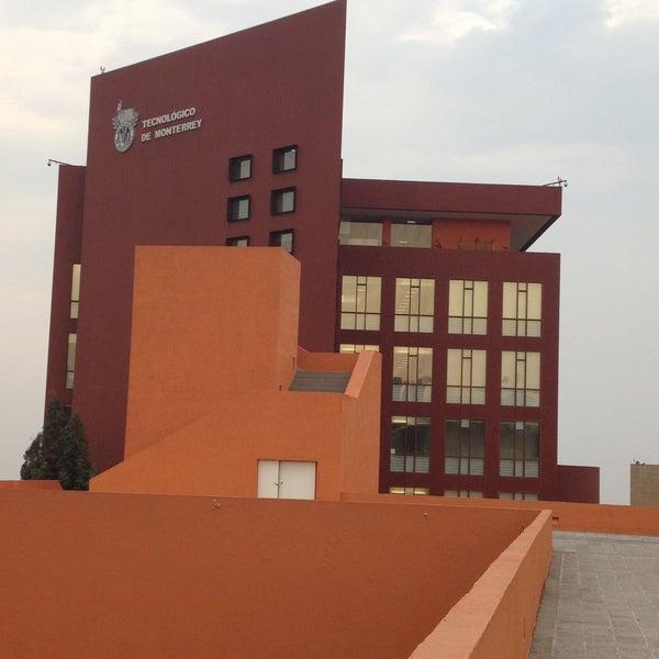 Foto tomada en Tecnológico de Monterrey por Juan C. el 5/11/2013