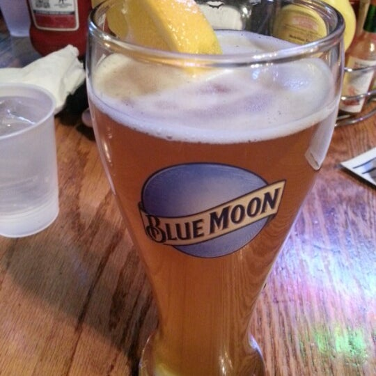 Photo taken at Manuel's Tavern by Jell K. on 11/26/2012
