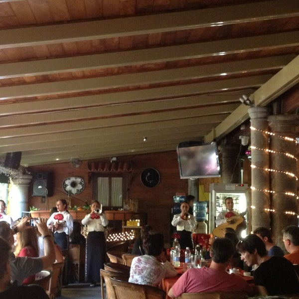 Foto tomada en El Patio por Mario B. el 12/24/2012