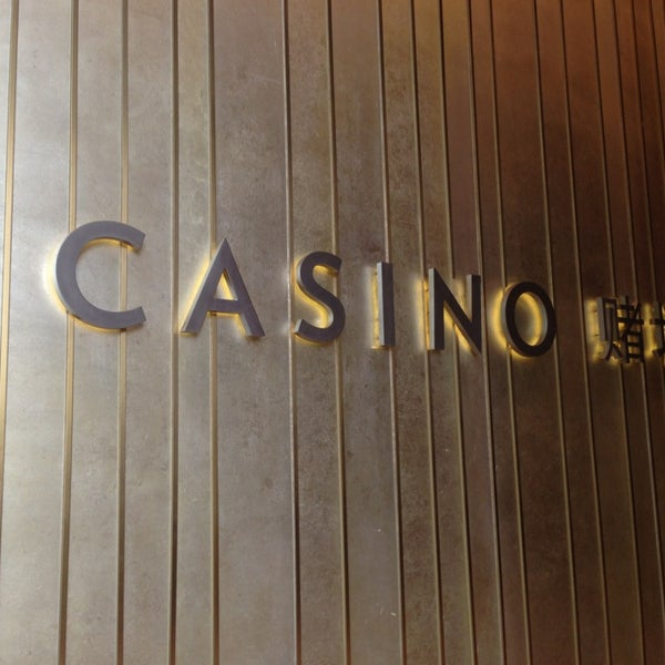 Photo taken at Marina Bay Sands Casino by Chawalit W. on 2/3/2013