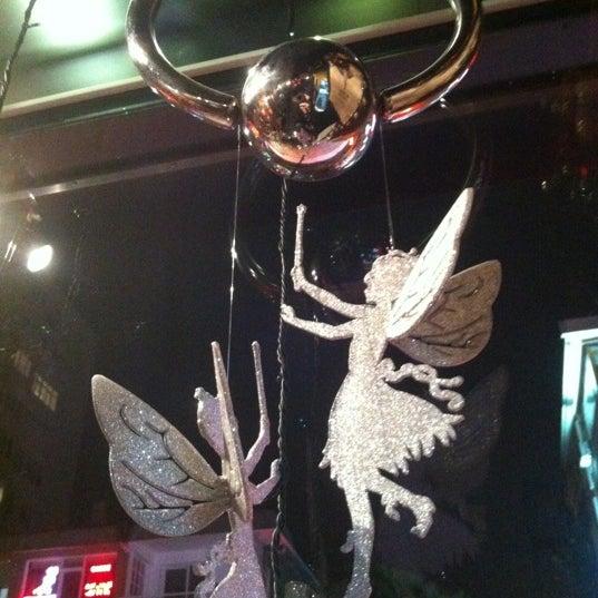 12/7/2012 tarihinde Levent C.ziyaretçi tarafından Elephant Tattoo & Piercing'de çekilen fotoğraf