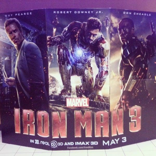 Photo taken at Regal Cinemas Green Hills 16 by Ernie A. on 5/3/2013