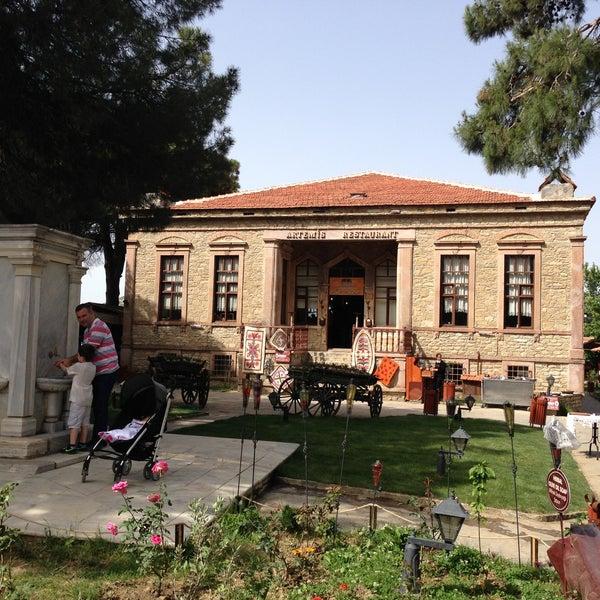 5/18/2013 tarihinde Ferhan D.ziyaretçi tarafından Şirince Artemis Şarap ve Yöresel Tadlar Evi'de çekilen fotoğraf
