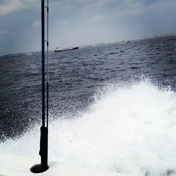 7/27/2013にschenkluが金沢八景 忠彦丸 釣船・釣宿で撮った写真