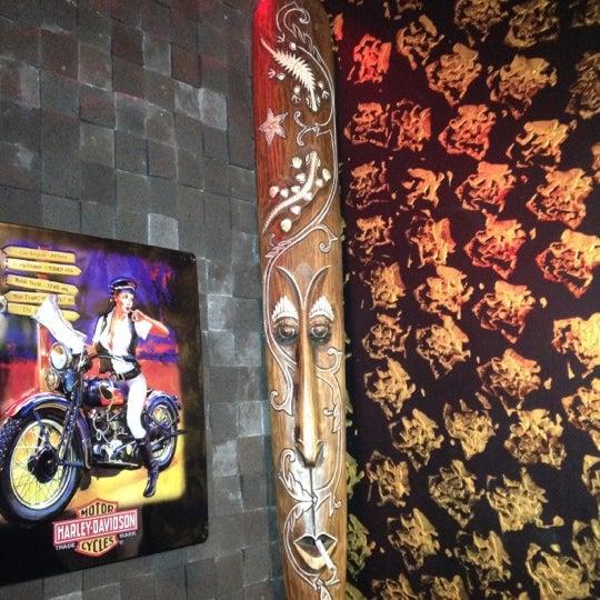 10/20/2012 tarihinde Damla A.ziyaretçi tarafından Elephant Tattoo & Piercing'de çekilen fotoğraf