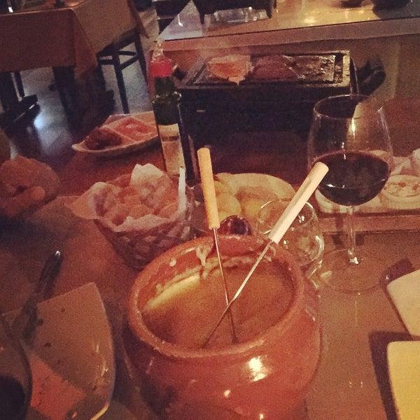 Foto tirada no(a) Restaurante Mont Vert por Aline M. em 4/4/2015