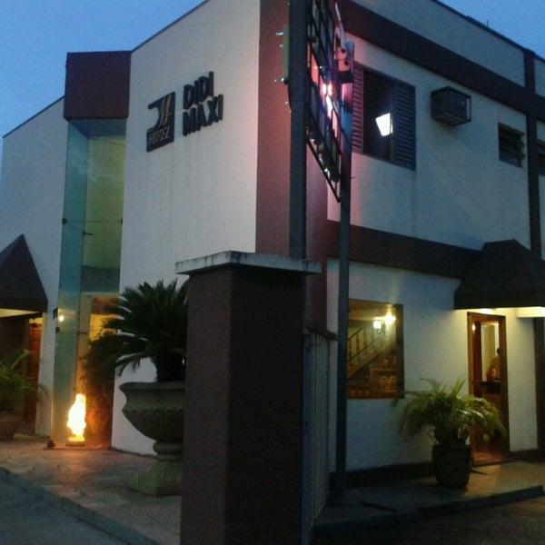 Foto tirada no(a) Didi Maxi Hotel por Antonio C. em 12/7/2013