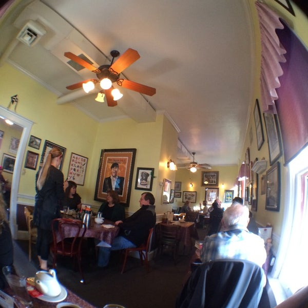Photo taken at Lucile's Creole Cafe by Michael V. on 1/14/2014