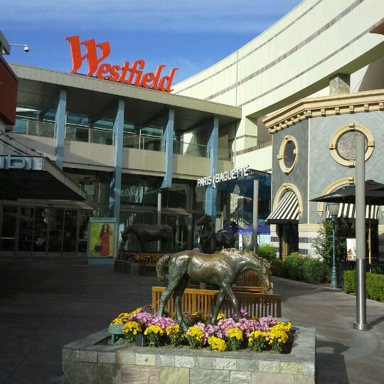 Westfield Santa Anita 400 S Baldwin Ave