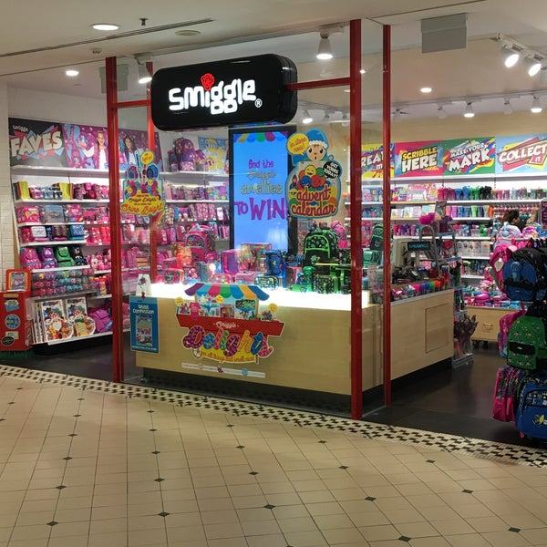 Smiggle paper office supplies store in singapore for Arts and crafts stores in las vegas