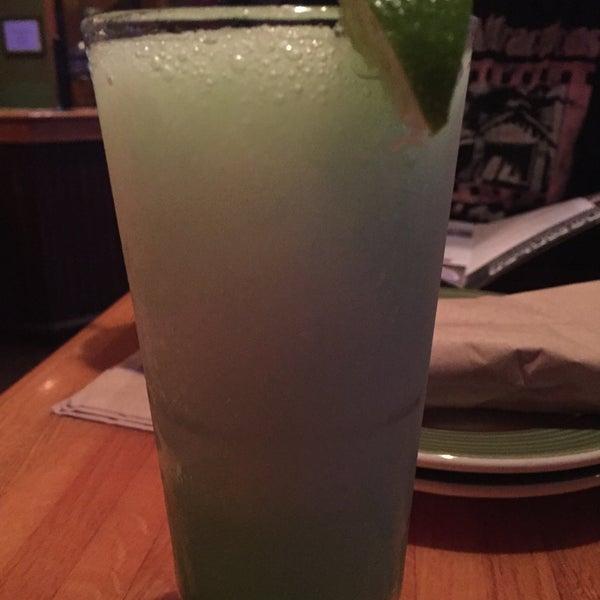 Photo taken at Applebee's Neighborhood Grill & Bar by Zachary W. on 10/31/2015