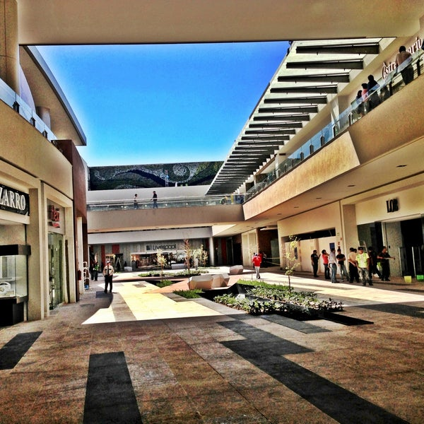 Centro Comercial Altacia Cerrito De Jerez Norte 205