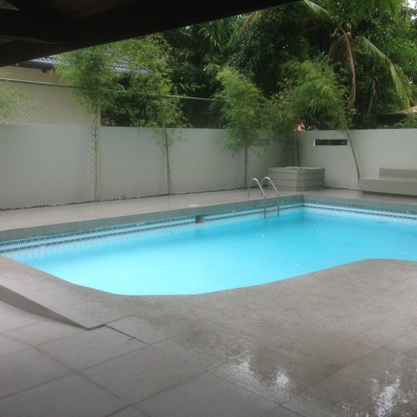Pep 39 s pool pool in ayala alabang for Pool durchmesser 4 50