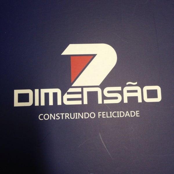 Foto tirada no(a) Dimensão Incorporações por Eduardo S. em 8/15/2014