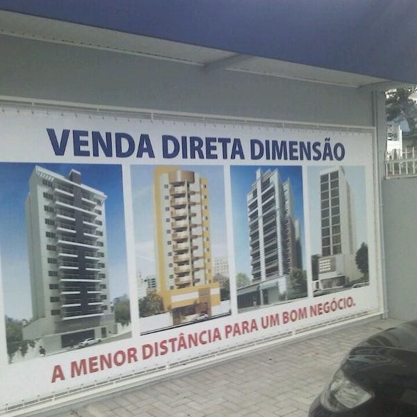 Foto tirada no(a) Dimensão Incorporações por Eduardo S. em 3/18/2013