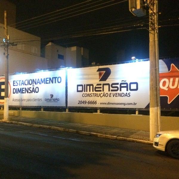 Foto tirada no(a) Dimensão Incorporações por Eduardo S. em 3/11/2016
