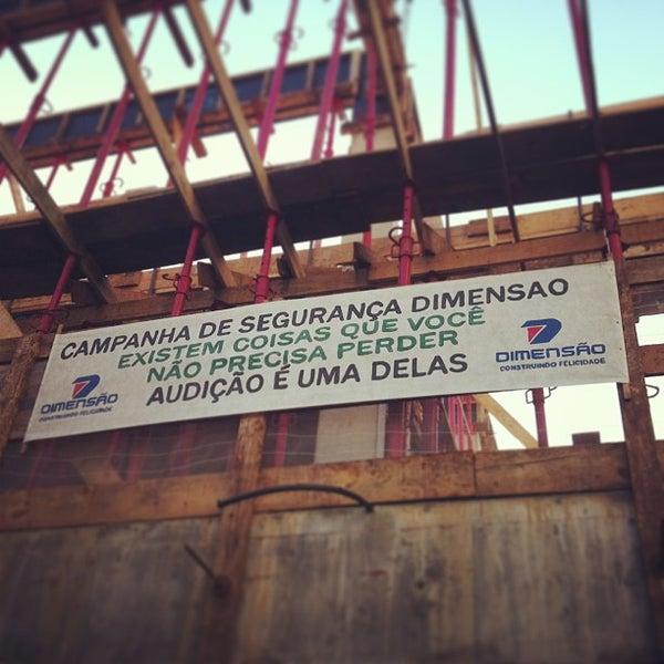 Foto tirada no(a) Dimensão Incorporações por Eduardo S. em 8/2/2013