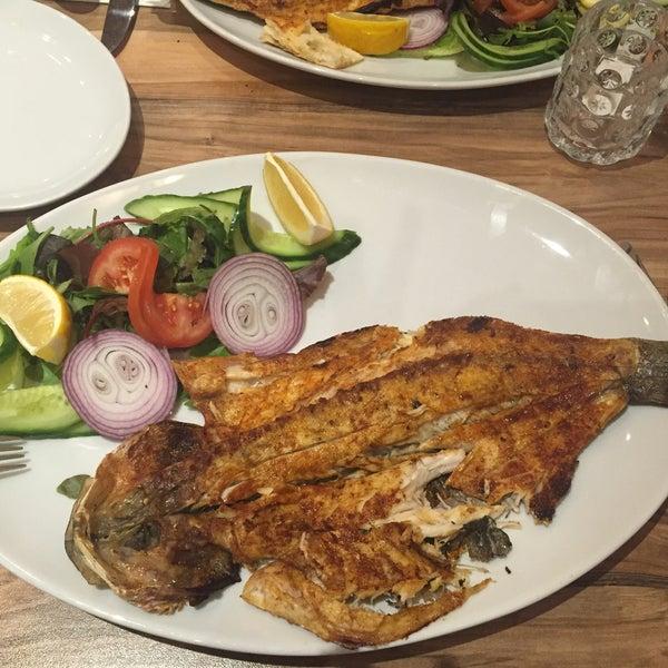 5/9/2016 tarihinde Cansu K.ziyaretçi tarafından Hala Restaurant'de çekilen fotoğraf